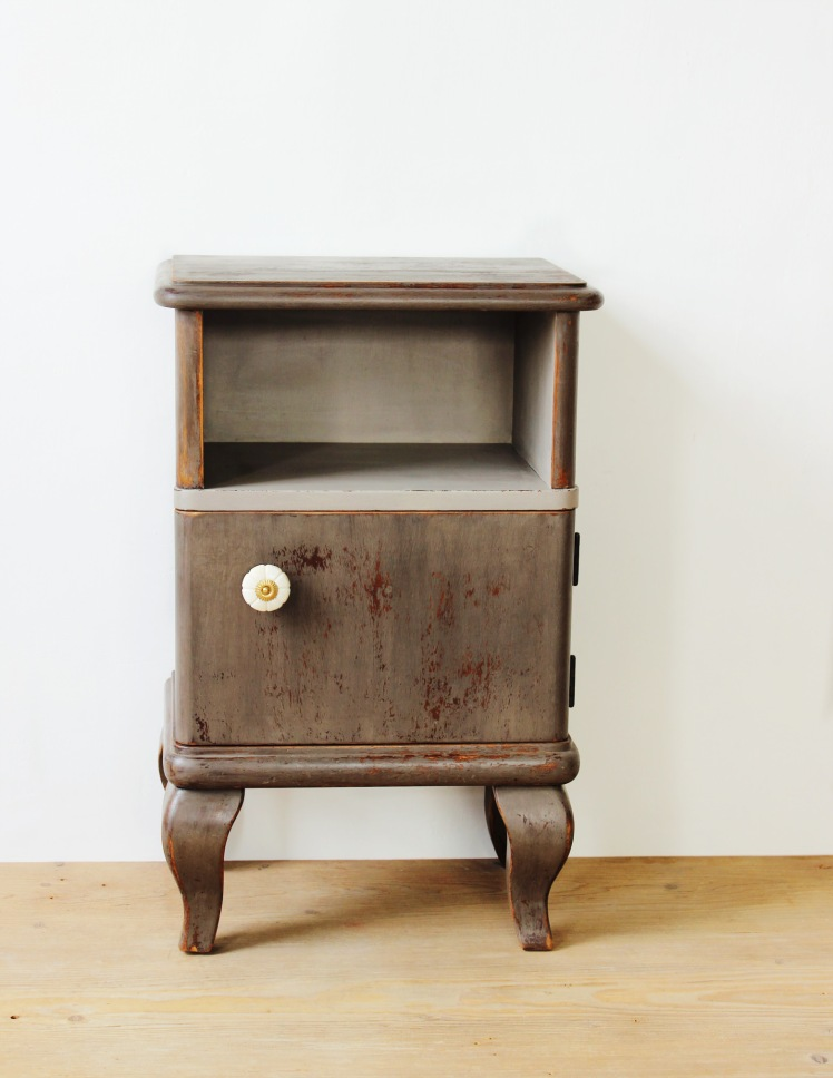 driftwood-nightstand